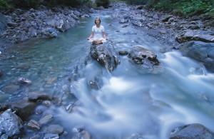 Ob drinnen oder im Freien, wie hier beim HubertusAlpin Lodge & Spa: Meditieren kann man fast überall