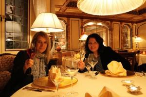 Eva und Tanja in der Andrea Stube im Engel Obertal