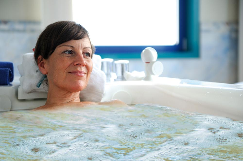 Peeling Massage fasten Detoxing Bäder