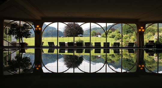 wellness im allg u mit blick auf die berge wellness hotels resorts blog. Black Bedroom Furniture Sets. Home Design Ideas