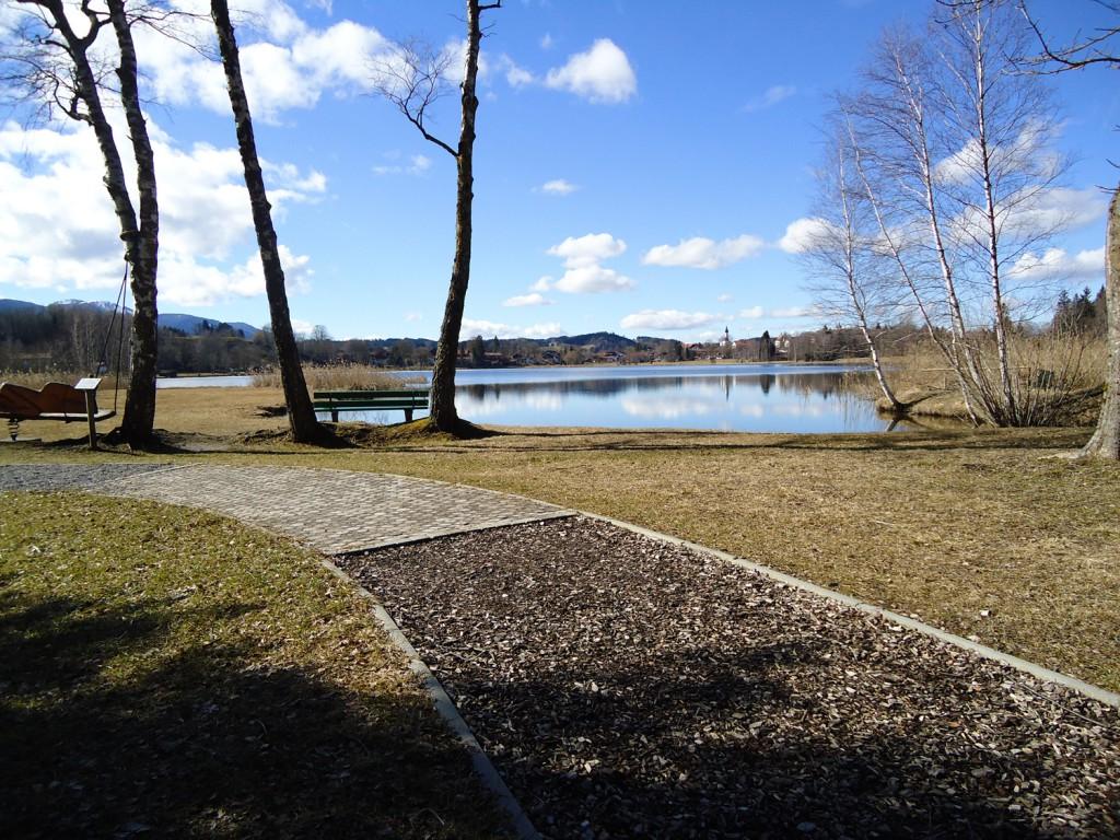 Barfußweg im Parkhotel am Soier See