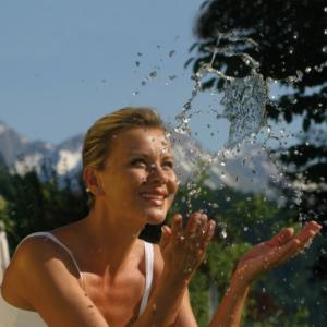 Wellnessurlaub Wellnesshotel Wellness Wasser mareike Entschleunigung Auszeit