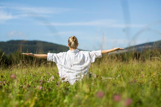 Wellnesshotel Wellness Tipps Junge Leute Achtsamkeit