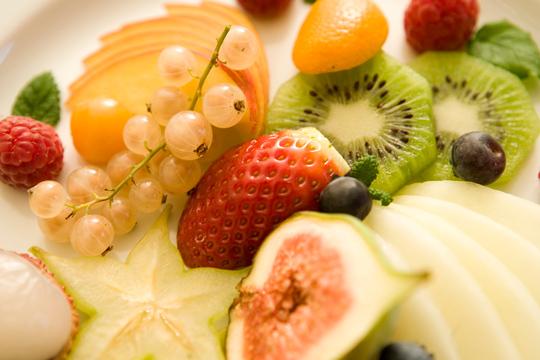 Obst hält fit und munter. Gut bei einer Erkältung!