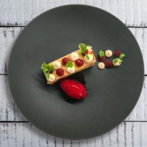 Sommergericht Salat Rucola Rezept mediterran Küche Gnocchi getrocknete Tomaten